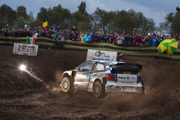 WRC 2016 -CATALOGNE - La VW POLO de Seb OGIER et Julien INGRASSIA lors du SHAKEDOWN ce jeudi 13 octobre - Photo VW.j