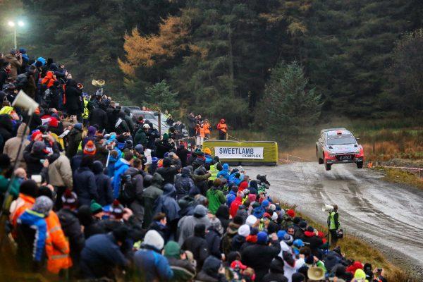 WRC 2016 WALES RALLY La HYUNDAI de HAYDEN PADDON.j