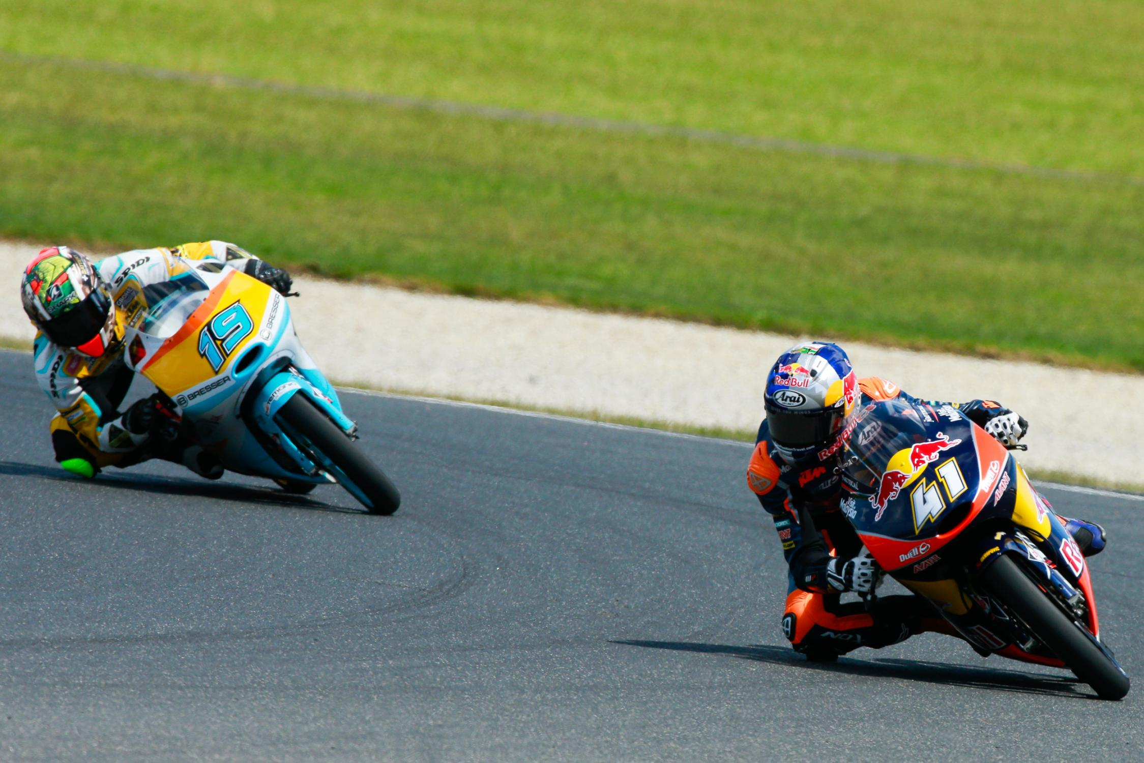 BRAD BINDER INTOUCHABLE