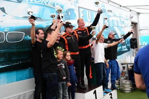 8-h-de-NOGARO-fun-cup-2016-Le-podium-avec-TFE-DEFI-Performance-rt-le-Team-LEMOINE-Photo-Daniel-NAULY