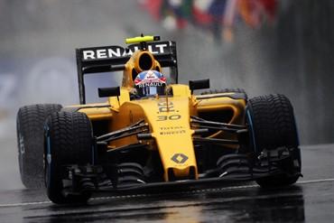F1-2016-SAO-PAULO-13-Novembre-La-RENAULT-RS16-de-JOLYON-PALMER