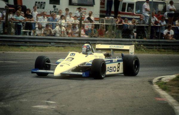 F2-Jonarhan-PALMER-au-volant-de-la-RALT-HONDA-en-1983-sacré-CHAMPION-dEUROPE-Photo-PUBLIRacing.