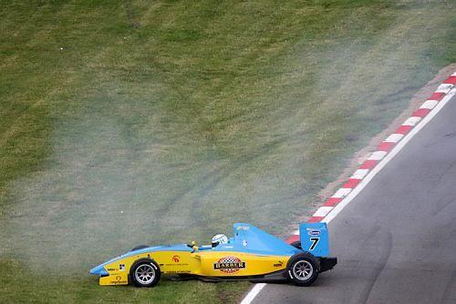 F2-Laccident-mortel-du-jeune-Henry-Surtees-le-19-juillet-2009-où-il-a-pris-une-roue-sur-la-téte