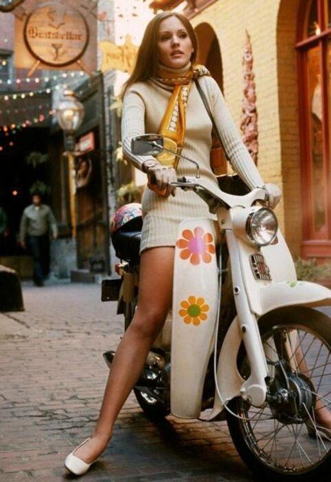 fille-en-scooter