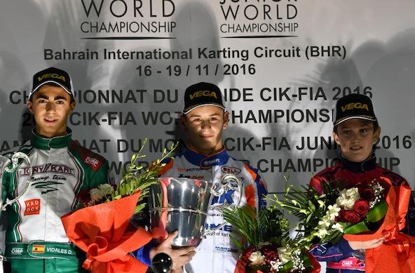KARTING-2016-BAHREIN-Le-podium-OK-samedi-19-novembre-avec-le-Françai-VICTOR-MARTIN-sacrè-CHAMPION-du-MONDE-devant-lEspagnol-VIDALES-et-Thèo-POURCHAIRE.