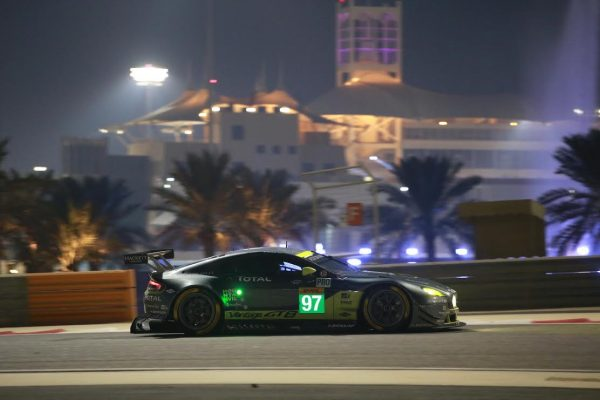 WEC-016-BAHREIN-ASTON-MARTIN-Vantage-N°97-Photo-Georges-DECOSTER.