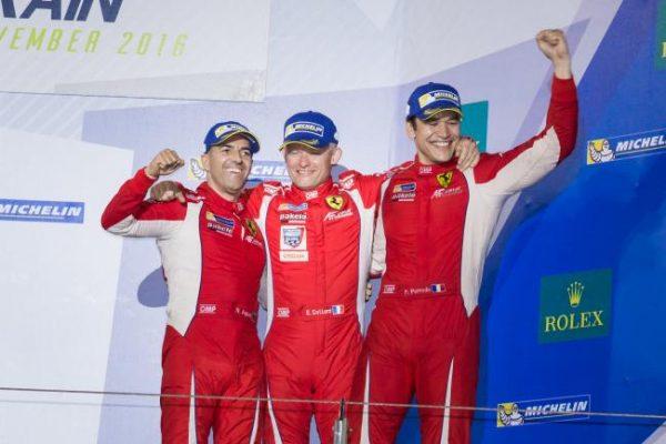 WEC-2016-BAHREIN-Les-Champions-en-LMGTE-Am-Rui-Aguas-Emmanuel-Collard-et-Francois-Perrodo-de-la-Scuderia-AF-Corse