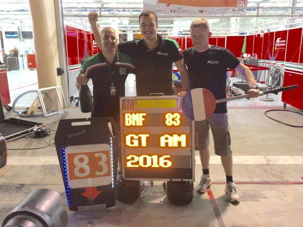 WEC-2026-BAHREIN-Le-trio-AF-Corse-pose-au-coeur-de-la-nuit-dans-le-stand-Photo-Autonewsinfo