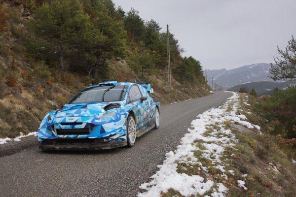 WRC 2017 Eric CAMILLI en essai avec la future FORD FIESTA RS -