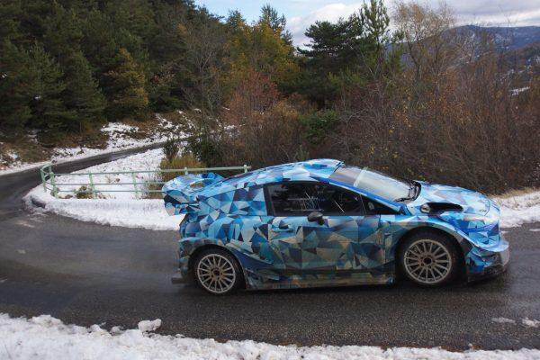 WRC-2017-Ott TANAK en essai avec la future FORD-FIESTA-RS
