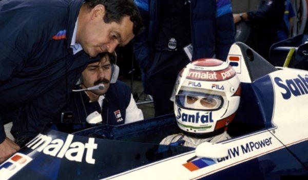 Paul ROSCHE avec l'autre ingénieur BMW le sud Africain  Gordon MURRAY et le pilote Brésilien Nelson PIQUET, triple Champion du monde de F1 ici en 1983