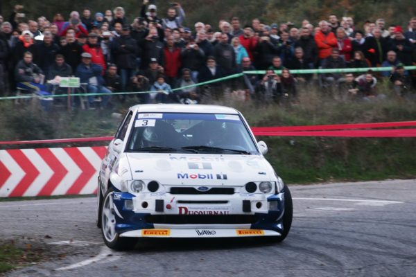 Détails du fichier joint Enregistré. rallye-du-Var-2016-DELECOUR-TABONE-Ford-Escort-Cosworth-photo-Jean-François-THIRY-698.jpg 27 novembre 2016 360 KB 1024 × 683 Modifier l'image Supprimer définitivement Adresse web Titre Légende Texte alternatif Description