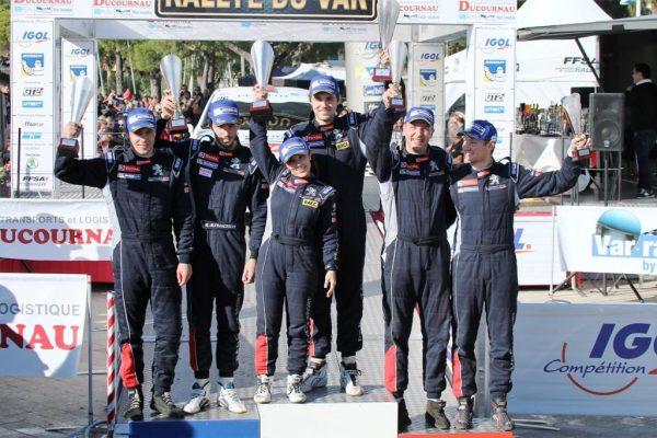 rallye du Var 2016 podium Trophée Peugeot Sport photo Jean-François THIRY
