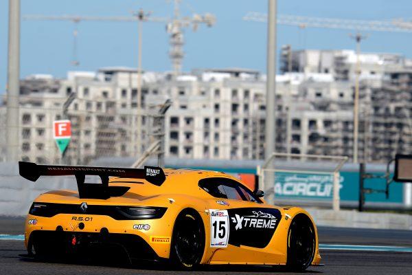 12 HEURES ABOU DHABI 2016 La RENAULT RS 01.