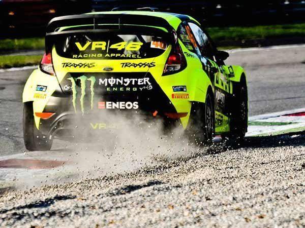 MONZA-MOTOR-SHOW-2016-VICTOIRE-de-la-FORD-Fiesta-RS-WRC-de-VALENTINO-ROSSI-le-4-Décembre