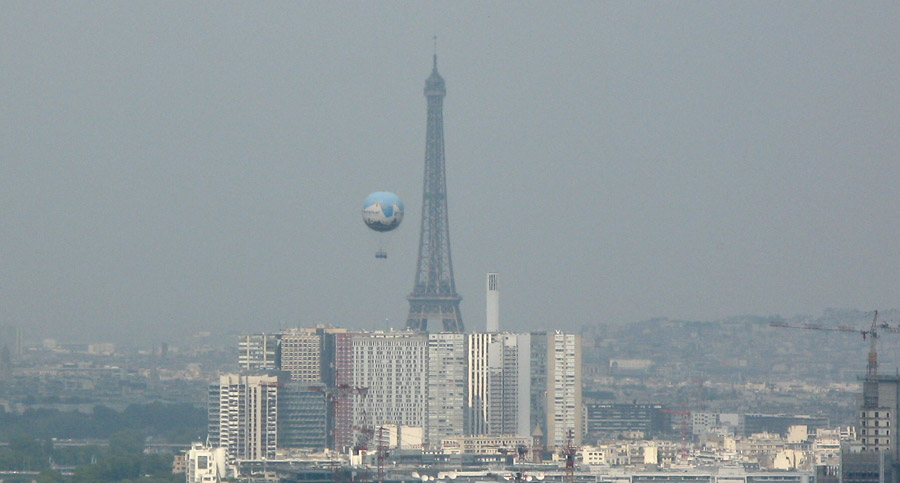 LE BALLON DE CONTRÔLE DE LA QUALITÉ DE L'AIR A PARIS