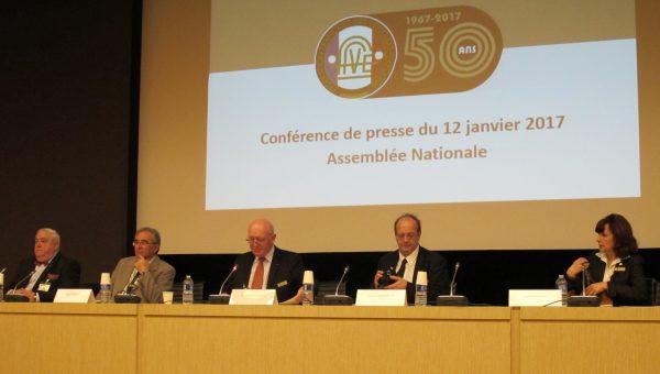 de gauche à droite, Claude Delagneau, Valy Giron, Alain Guillaume (Président), Pascal Rousselle et Christine Gauchy