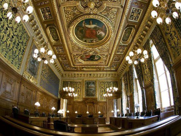 Le casak demande en justice des comptes la ffsa for Chambre a la semaine paris