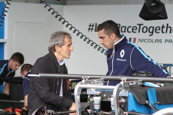 Stand Renault e.dams Alain Prost et Sébastien Buemi