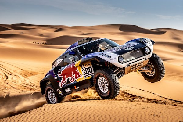 le trio de stars peterhansel desprez sainz rejoint le team mini x raid pour le dakar autonewsinfo. Black Bedroom Furniture Sets. Home Design Ideas