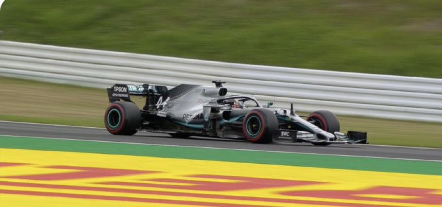 F1 2019 SUZUKA - La MERCEDES de LEWIS HAMILTON