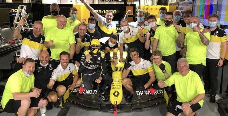 Positif au Covid, Hamilton déclare forfait pour le GP de Sakhir